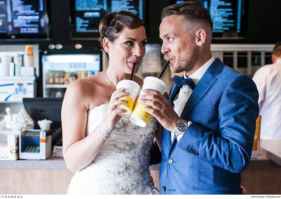Nico in een lichtblauw trouwpak van Rietbergh